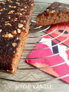 Gâteau au raisin noir sans sucres ajoutés