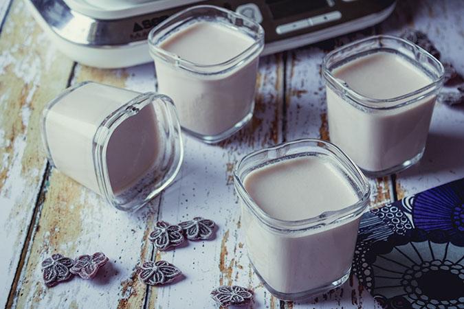 yaourts à la violette