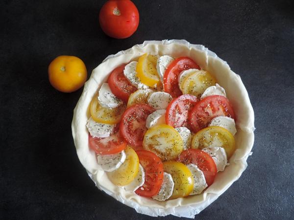 tarte salée bicolore à la tomate
