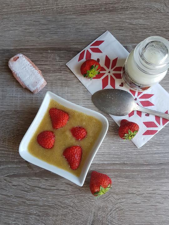 soupe rhubarbe fraise