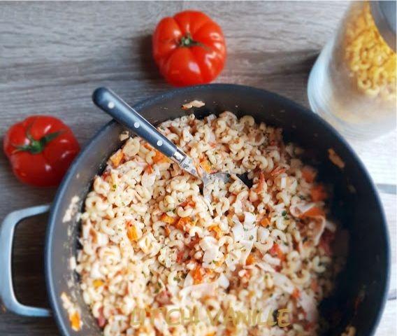 coquillettes surimis à la tomate