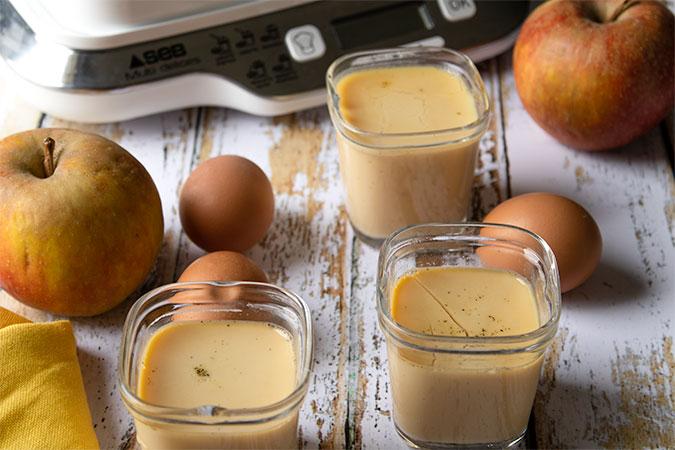 crèmes aux oeufs et à la pomme